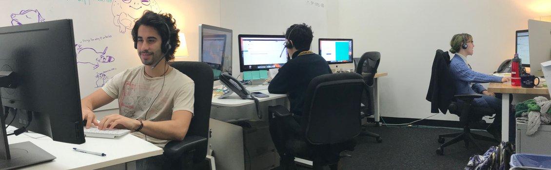 Help Desk Workers